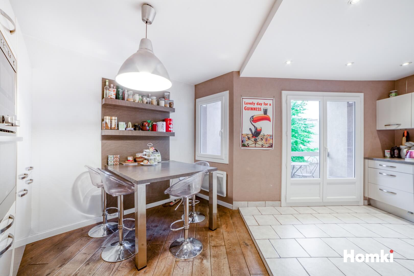 Homki - Vente Appartement  de 93.0 m² à Villeurbanne 69100