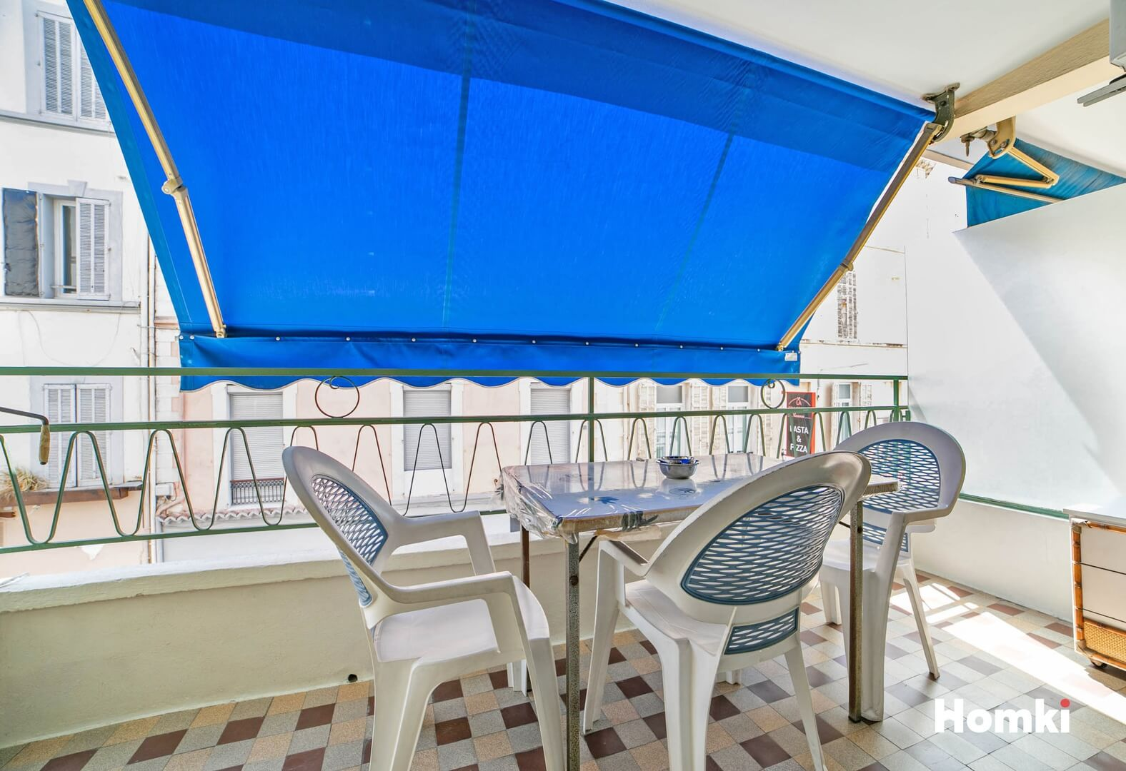 Homki - Vente Appartement  de 30.4 m² à Cannes 06400