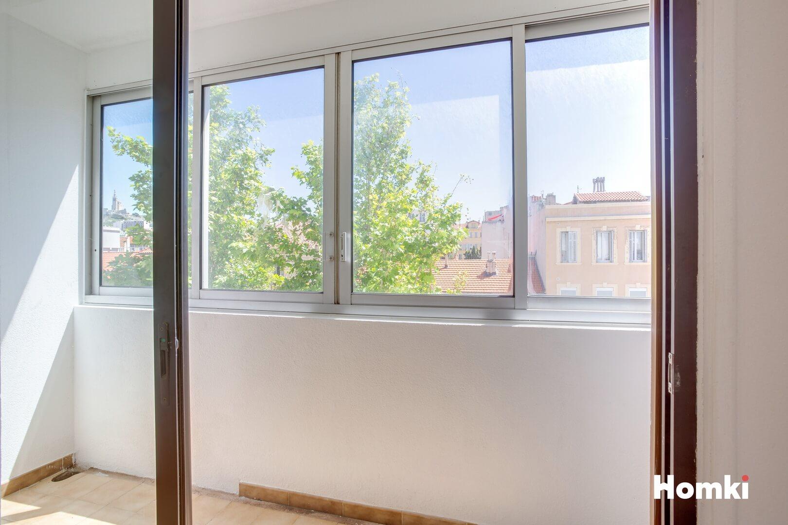 Homki - Vente Appartement  de 42.0 m² à Marseille 13007