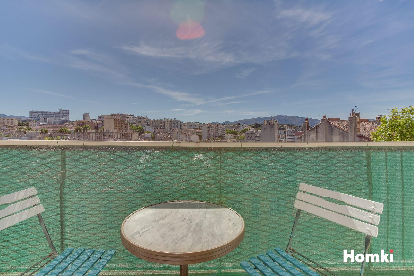 Homki - Vente Appartement  de 62.0 m² à Marseille 13004