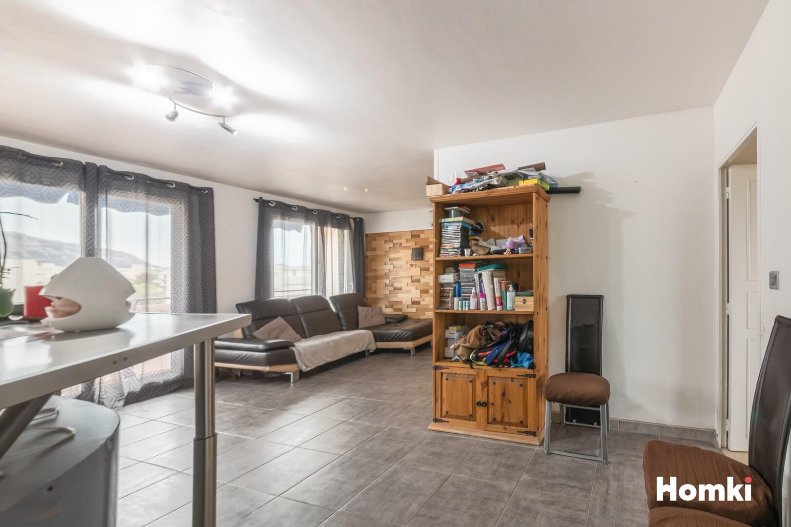 Homki - Vente Appartement  de 71.0 m² à Marseille 13009