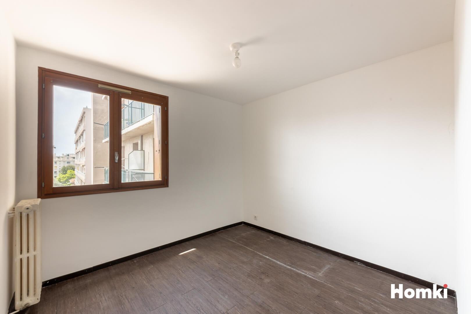 Homki - Vente Appartement  de 43.0 m² à Marseille 13013