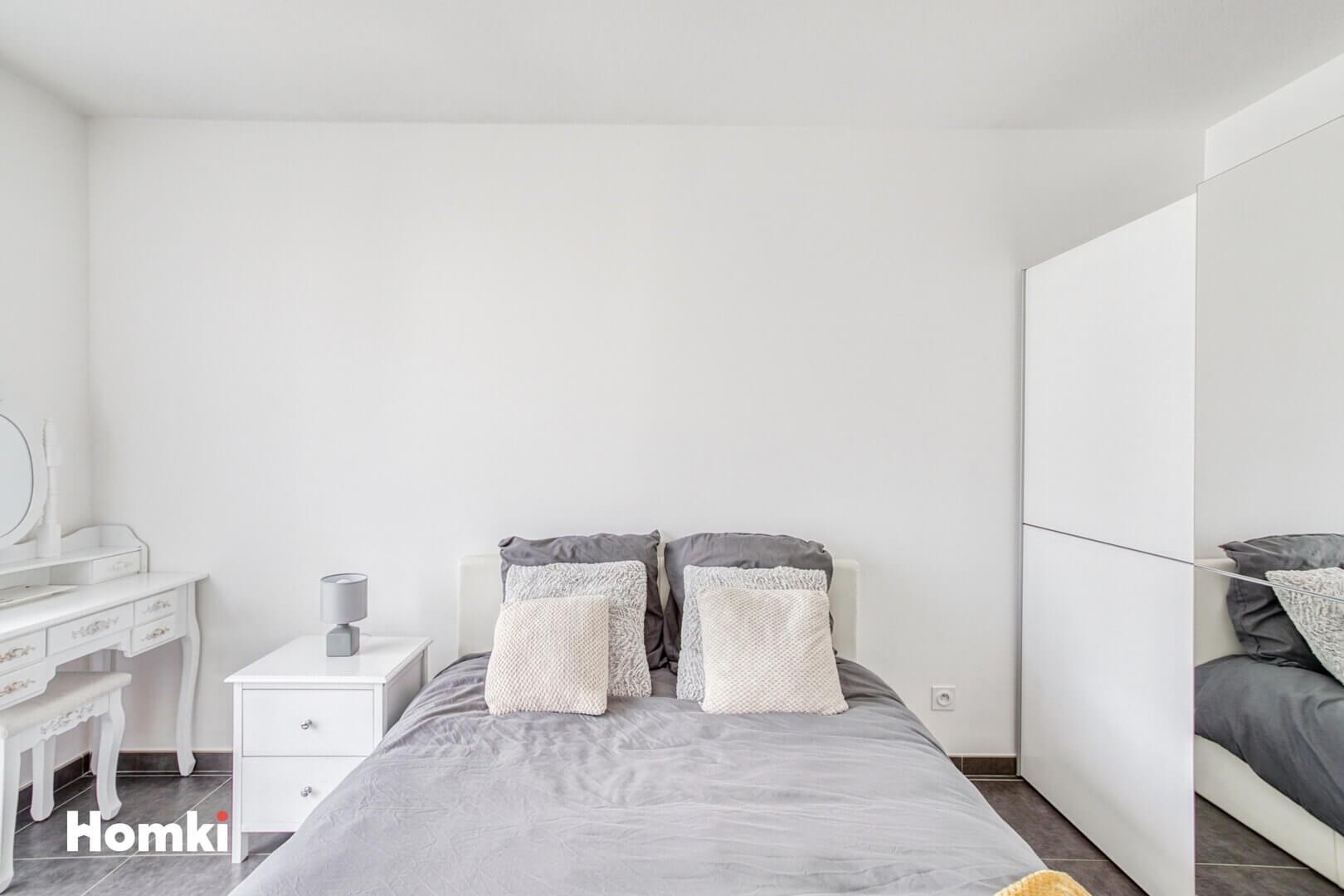 Homki - Vente Appartement  de 59.0 m² à Vénissieux 69200