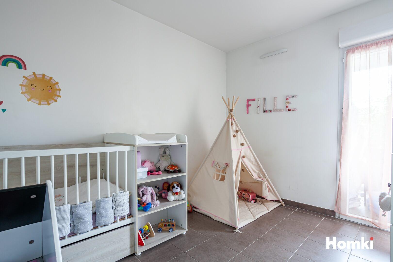Homki - Vente Appartement  de 56.0 m² à Marseille 13012