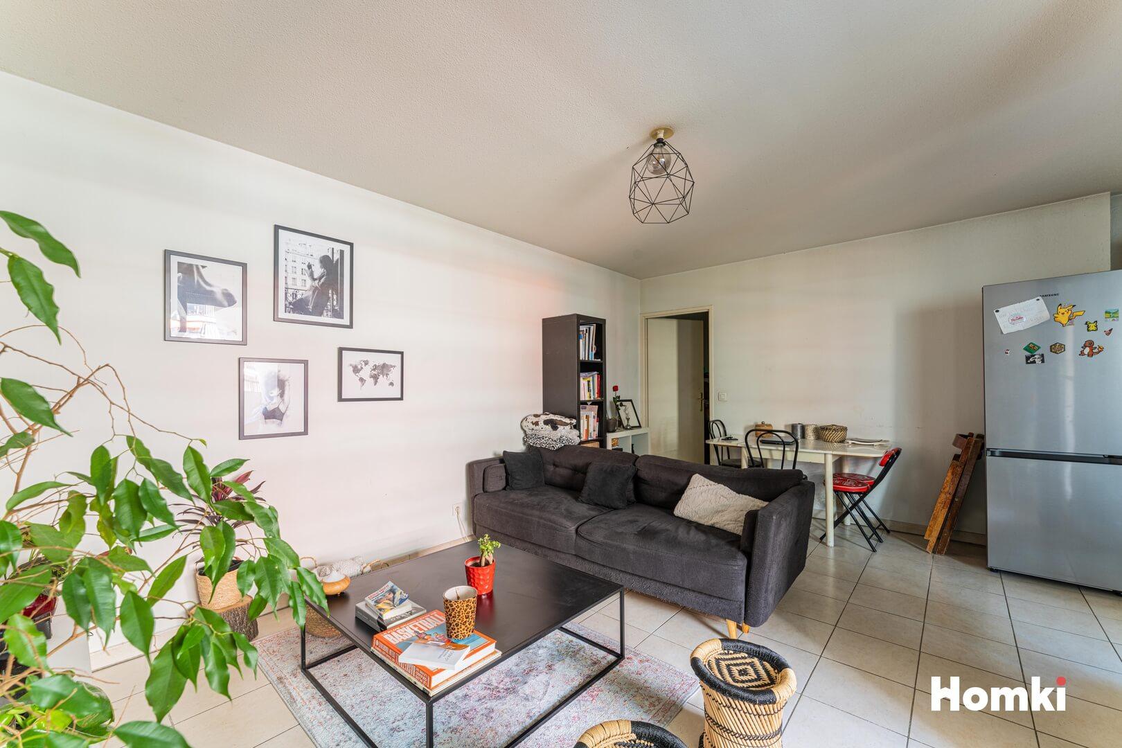 Homki - Vente Appartement  de 43.0 m² à Marseille 13002