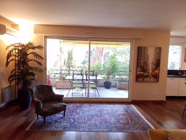 Homki - Vente Appartement  de 100.0 m² à Marseille 13009