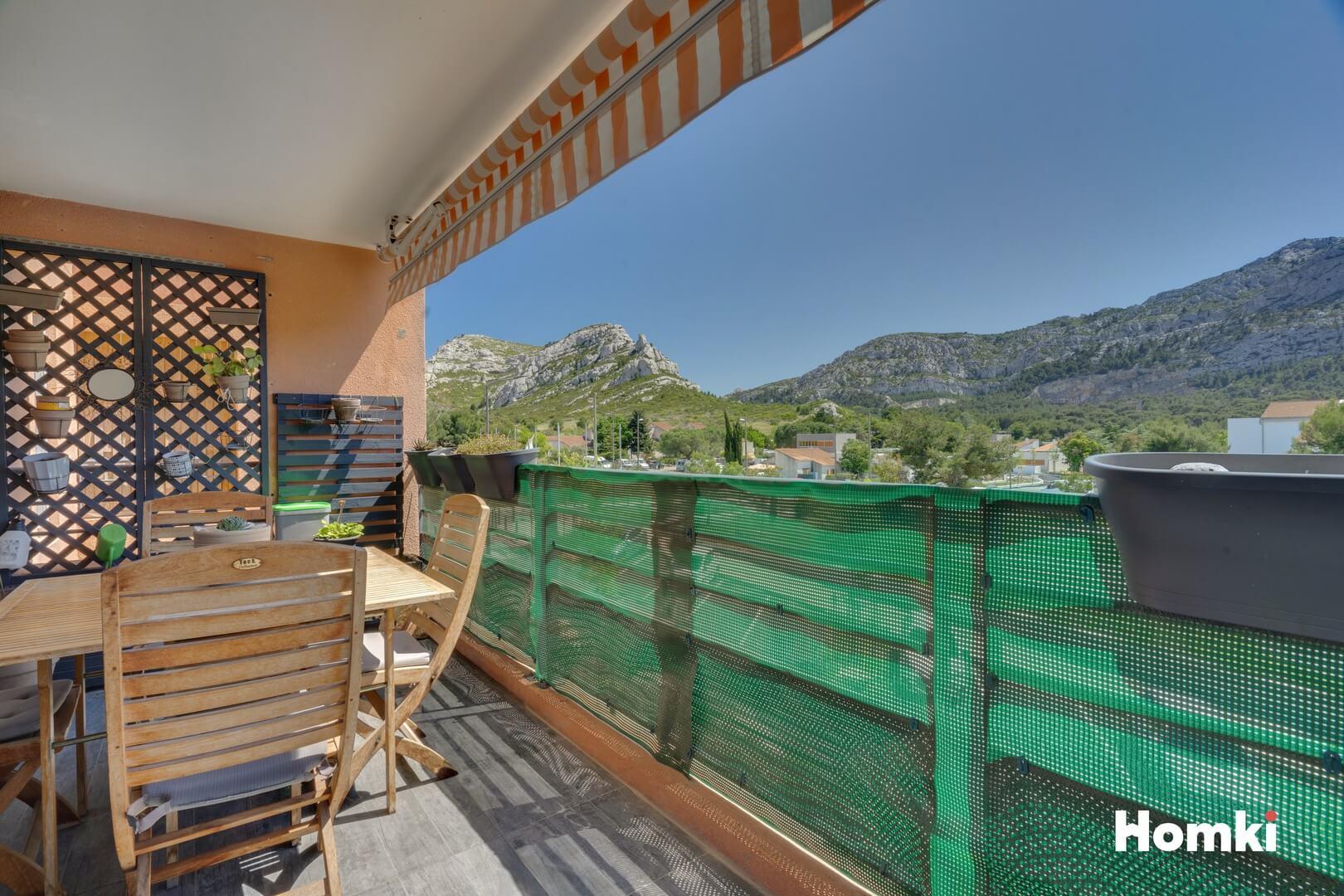 Homki - Vente Appartement  de 83.0 m² à Marseille 13009