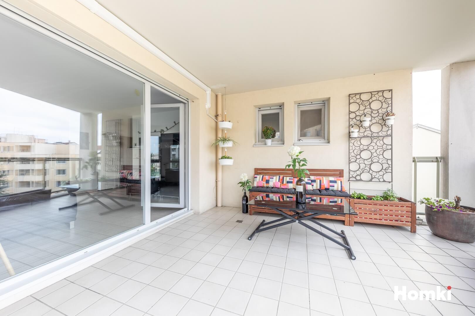 Homki - Vente Appartement  de 92.0 m² à Villeurbanne 69100