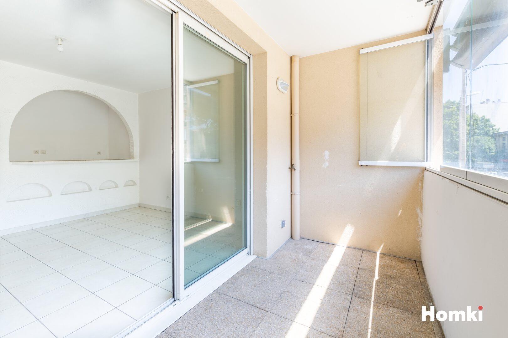 Homki - Vente Appartement  de 54.0 m² à Toulon 83200