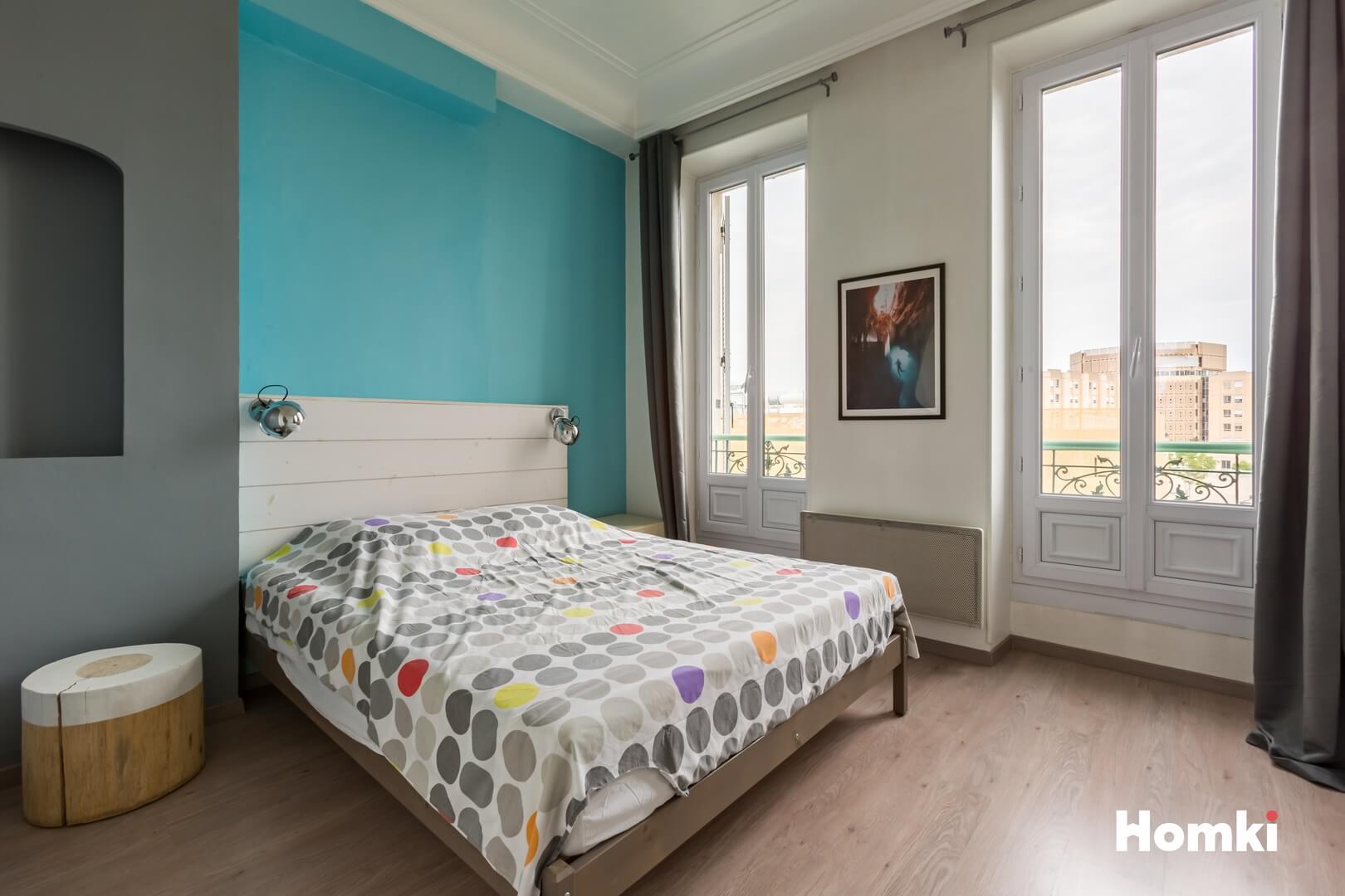 Homki - Vente Appartement  de 49.0 m² à Marseille 13005