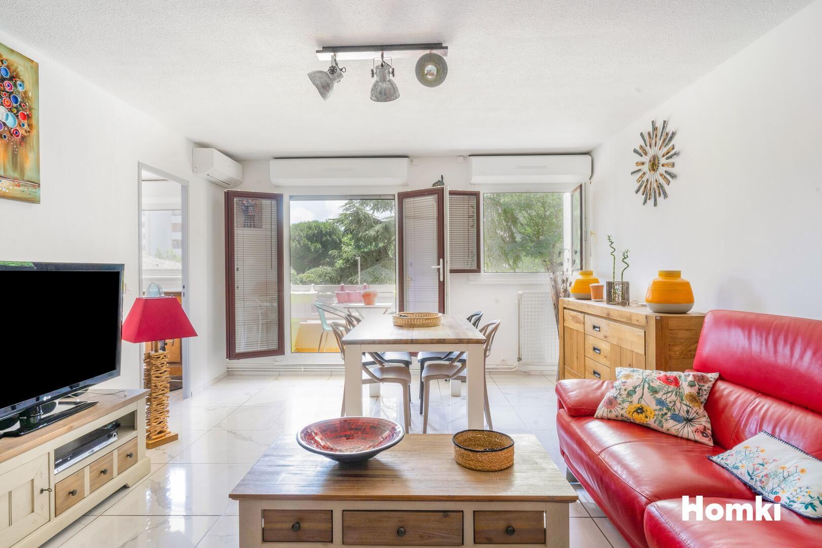 Homki - Vente Appartement  de 80.0 m² à Marseille 13011