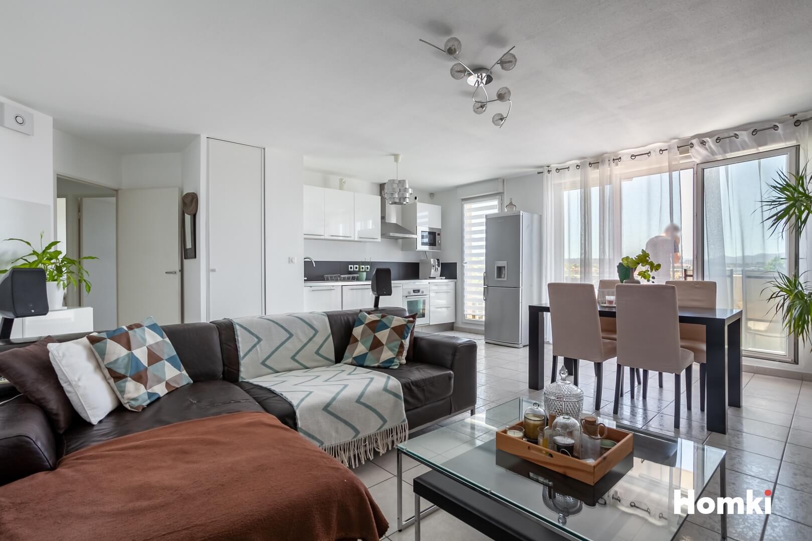 Homki - Vente Appartement  de 63.0 m² à Marseille 13015
