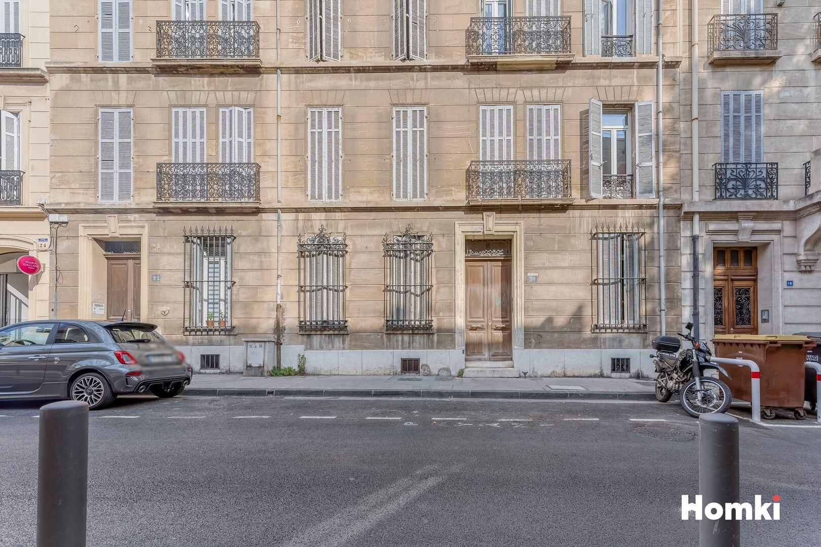 Homki - Vente Appartement  de 52.0 m² à Marseille 13008