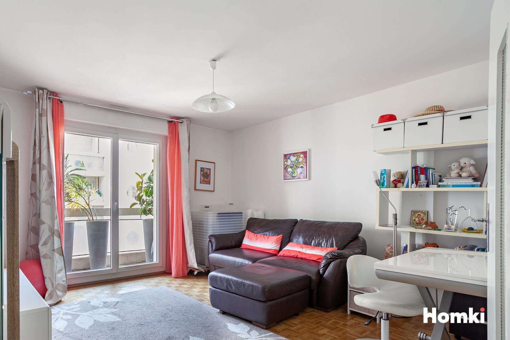 Homki - Vente Appartement  de 51.0 m² à Marseille 13008