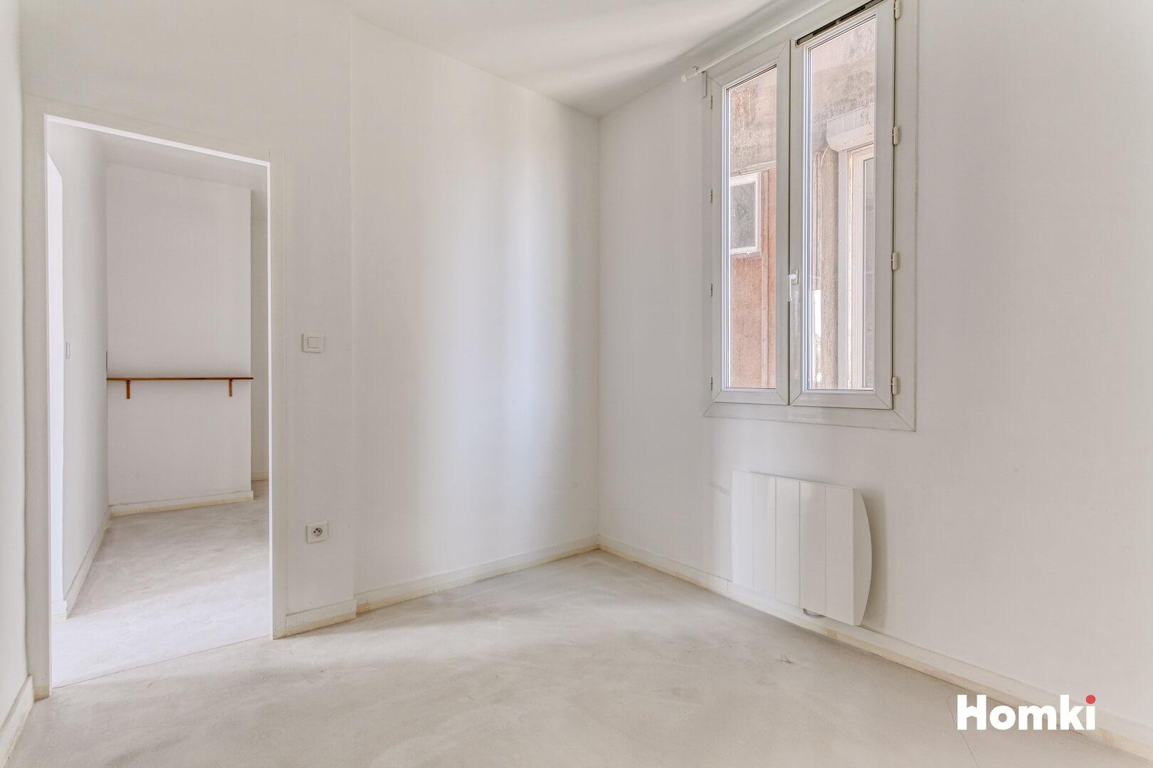 Homki - Vente Appartement  de 42.0 m² à Marseille 13004