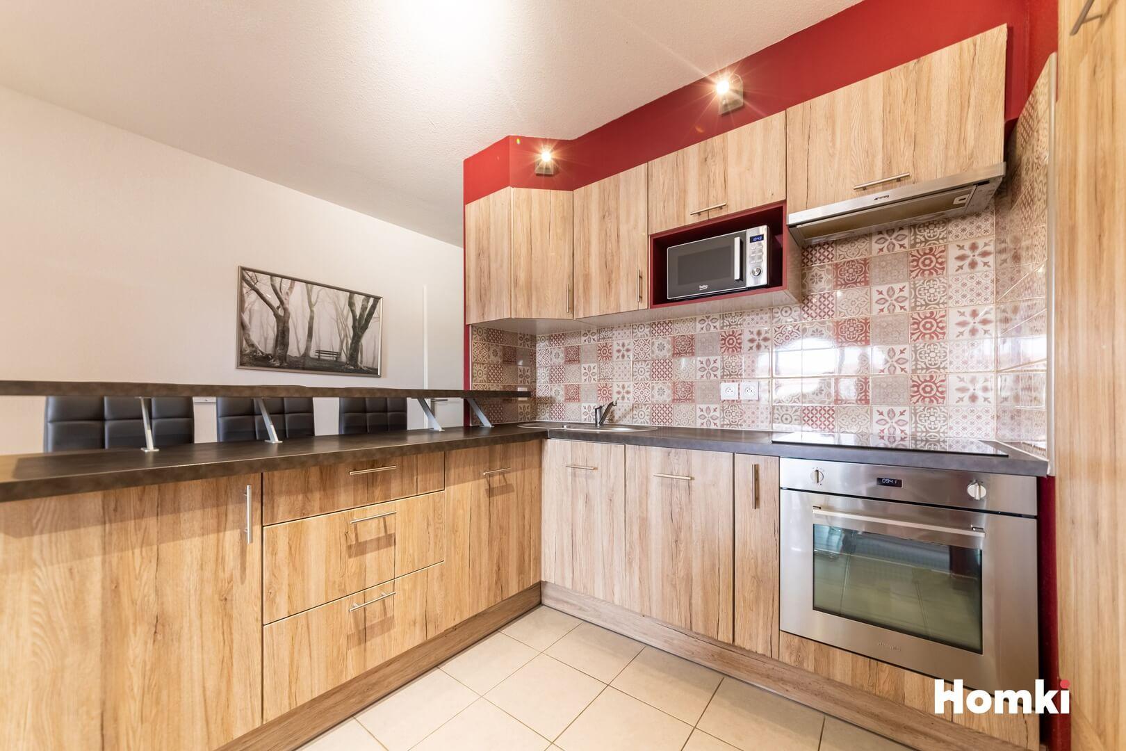 Homki - Vente Appartement  de 63.0 m² à Port-de-Bouc 13110