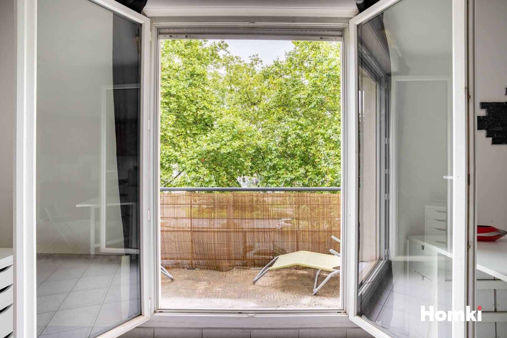 Homki - Vente Appartement  de 50.0 m² à Vénissieux 69200