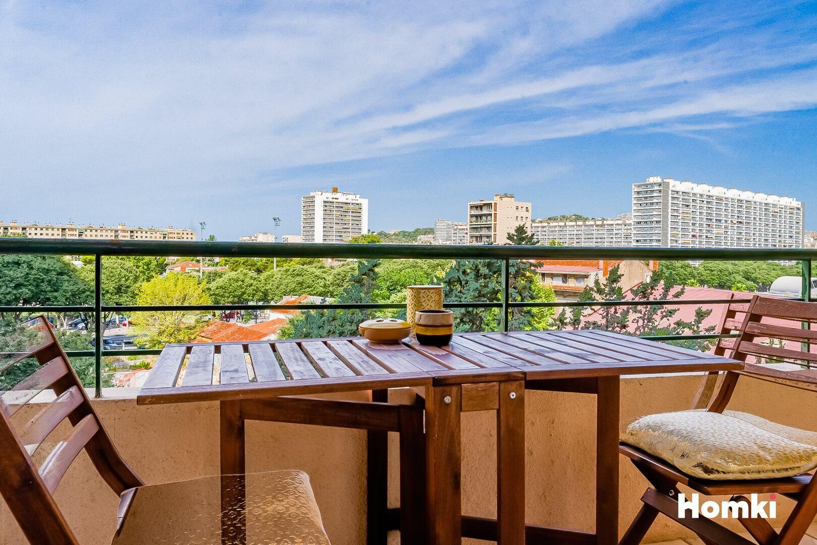 Homki - Vente Appartement  de 78.0 m² à Marseille 13009
