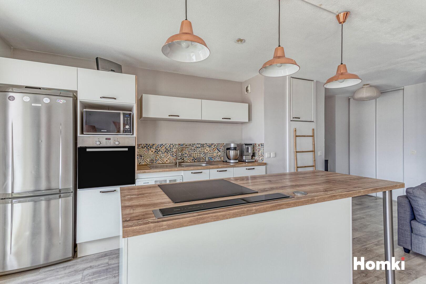 Homki - Vente Appartement  de 68.0 m² à Villeurbanne 69100