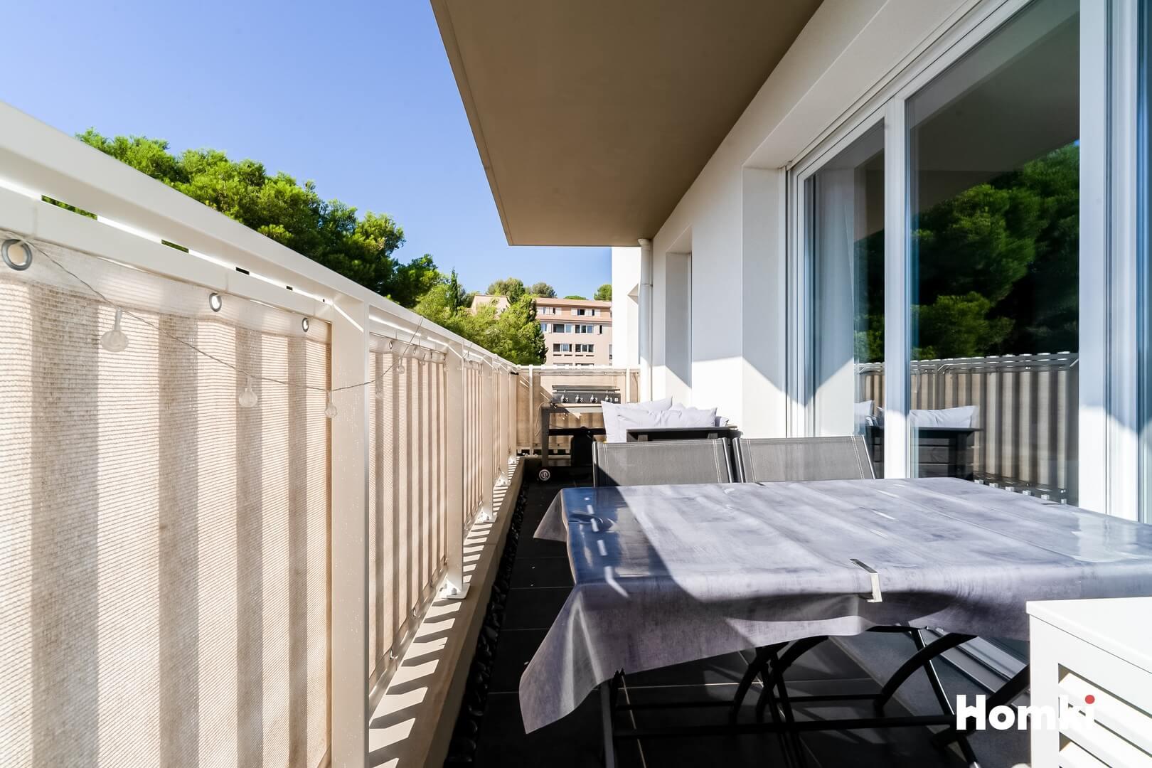 Homki - Vente Appartement  de 61.0 m² à Vitrolles 13127