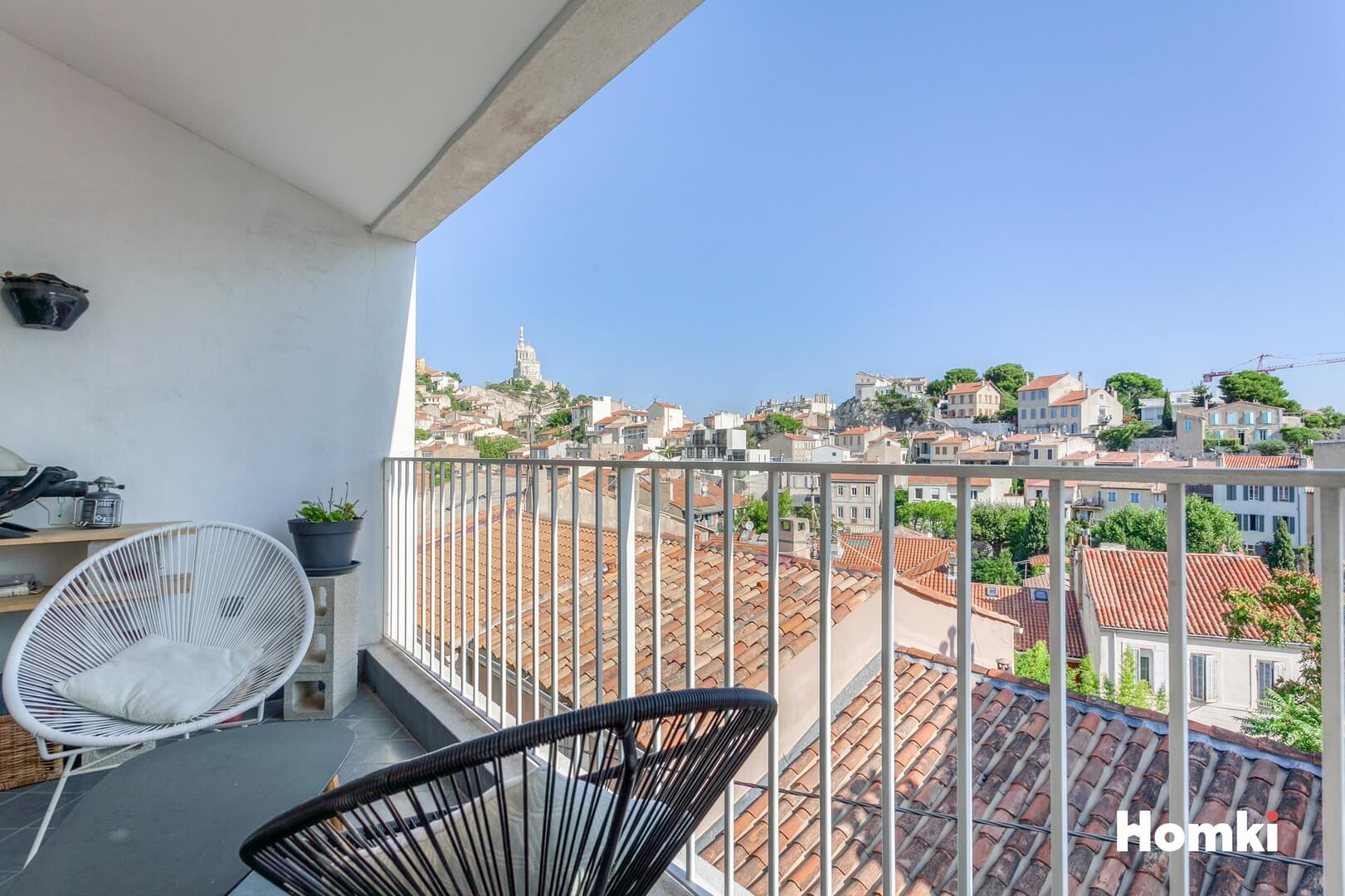 Homki - Vente Maison de ville  de 107.0 m² à Marseille 13006