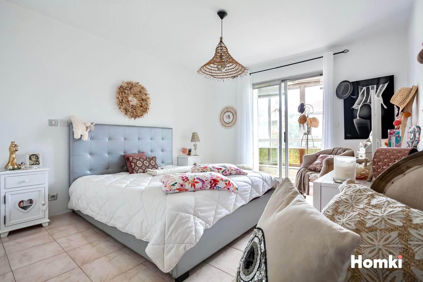 Homki - Vente Appartement  de 86.0 m² à Marseille 13012