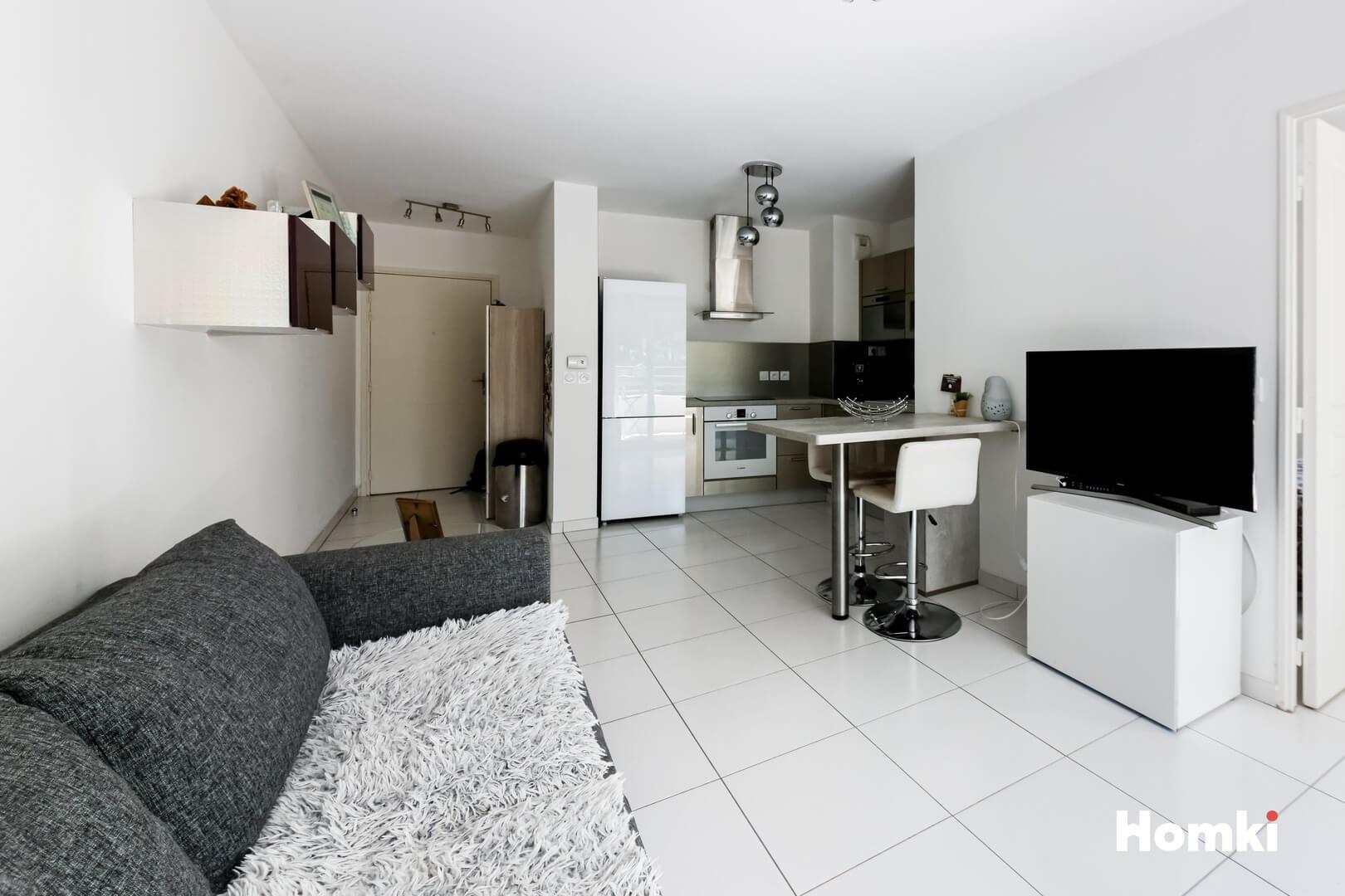 Homki - Vente Appartement  de 38.6 m² à Marseille 13009