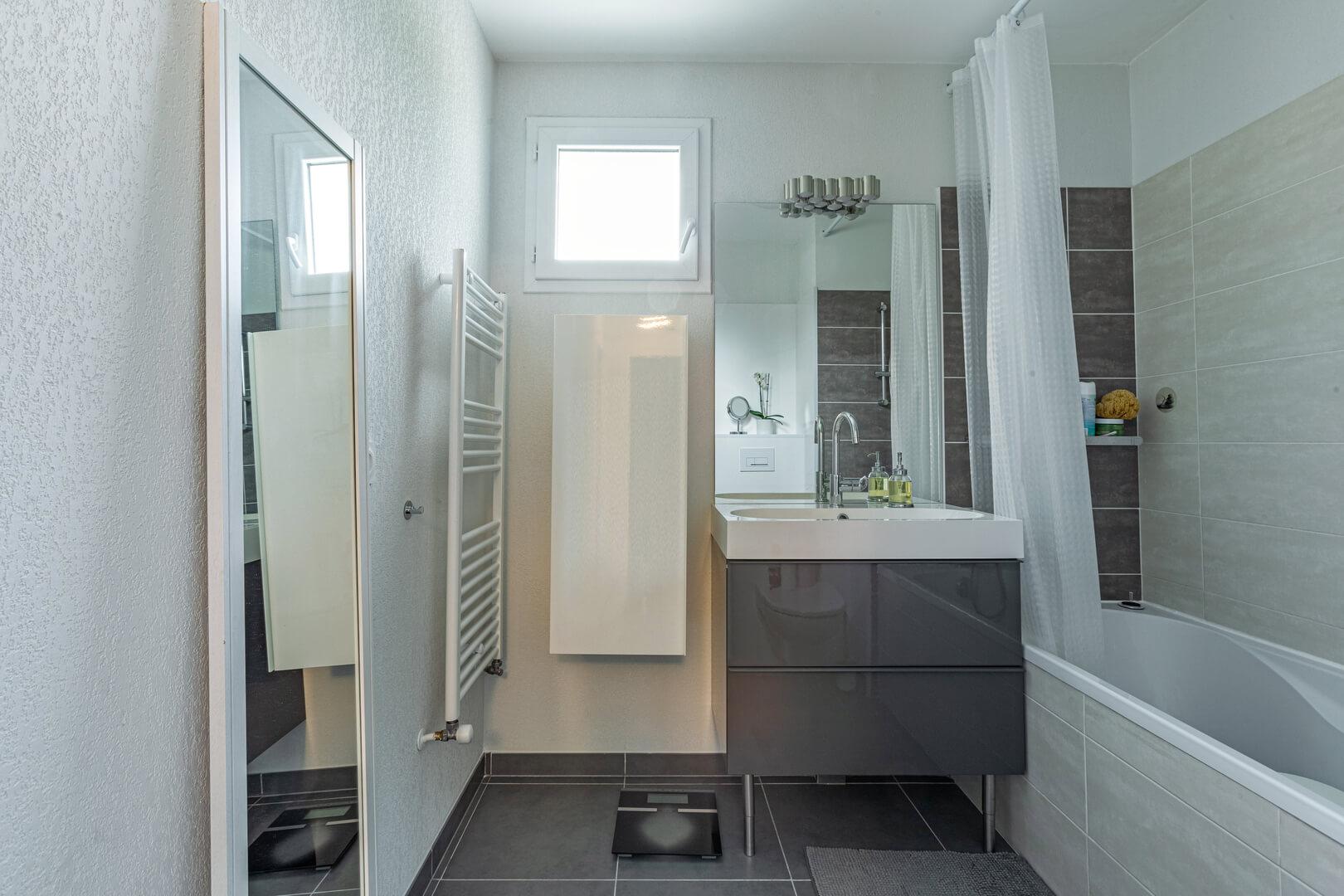 Homki - Vente Appartement  de 79.0 m² à Marseille 13013