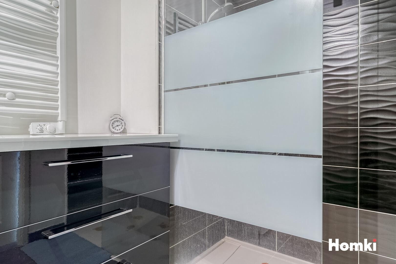 Homki - Vente Appartement  de 84.0 m² à Marseille 13012
