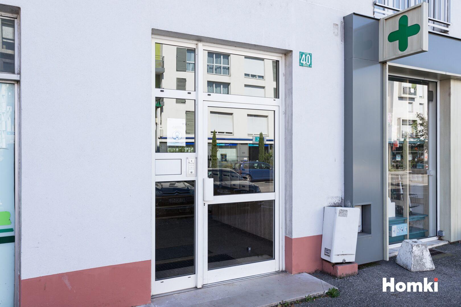 Homki - Vente Appartement  de 56.0 m² à Meyzieu 69330