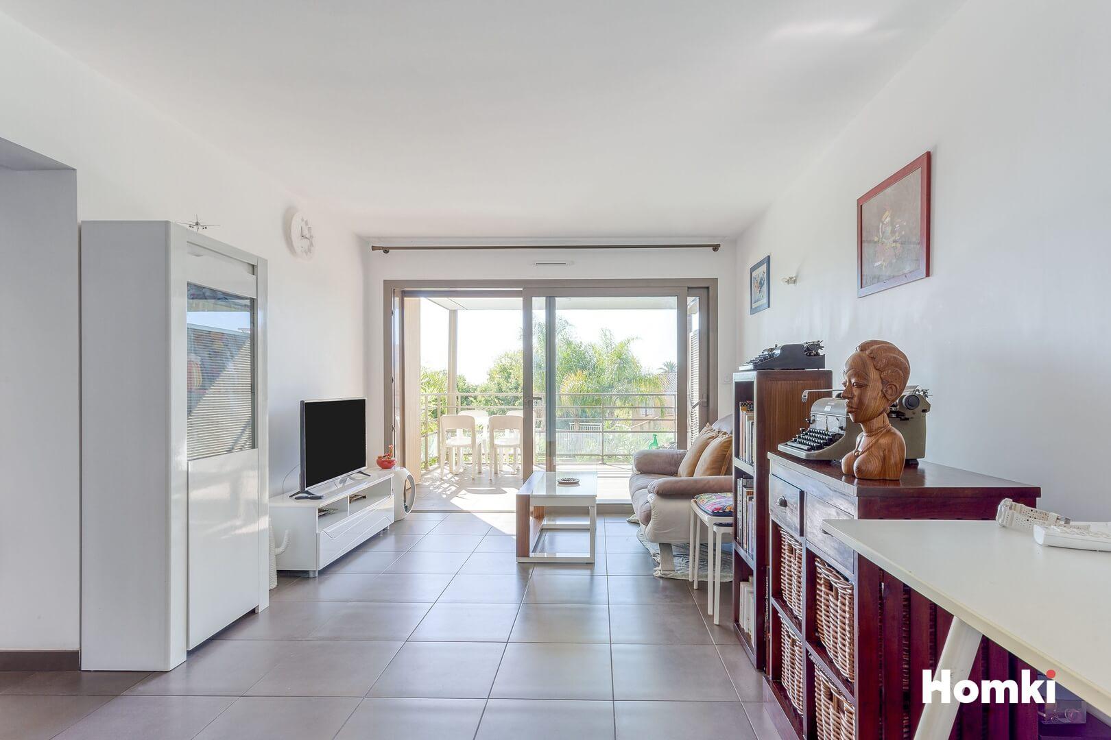 Homki - Vente Appartement  de 52.0 m² à Antibes 06160