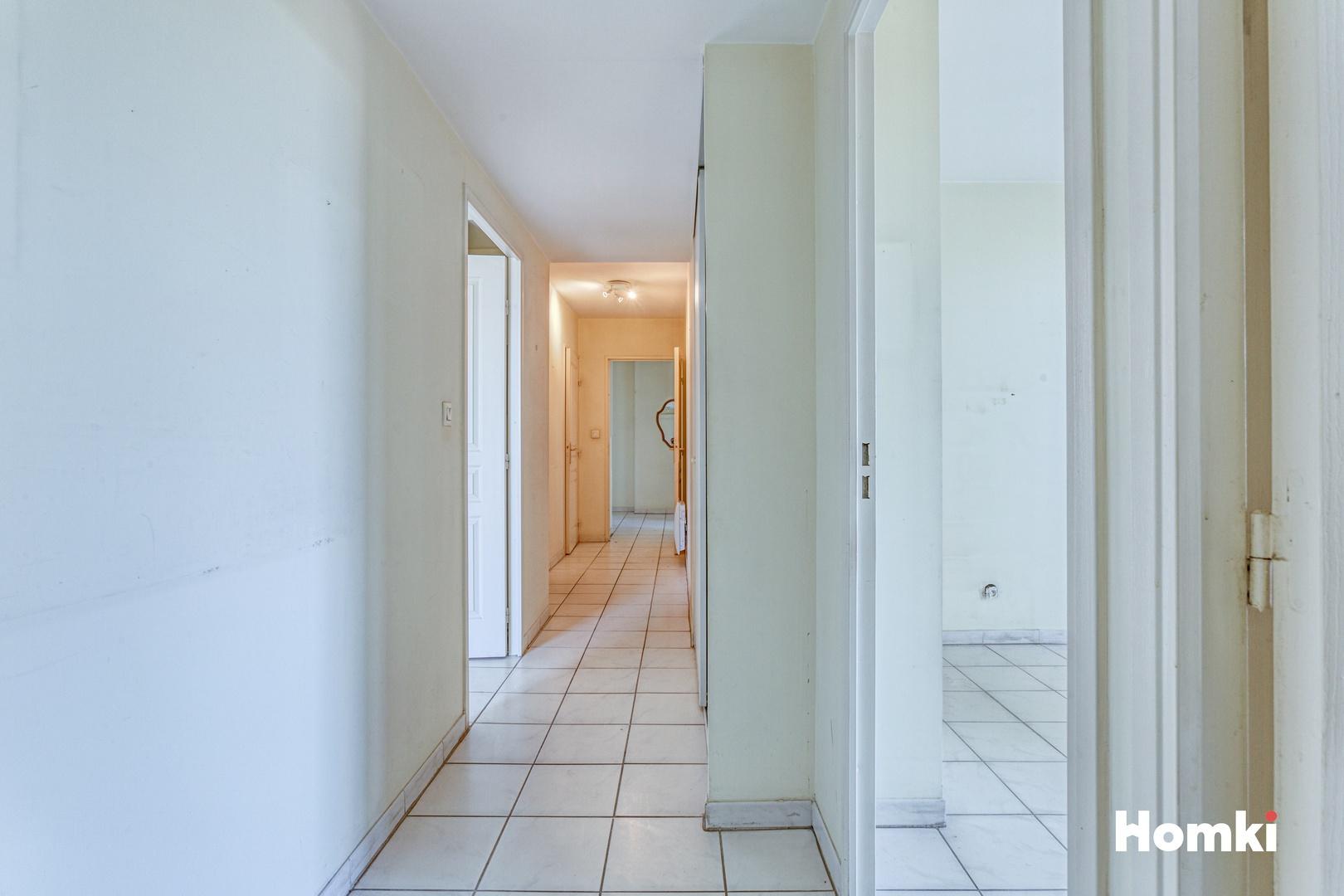 Homki - Vente Appartement  de 91.0 m² à Marseille 13009
