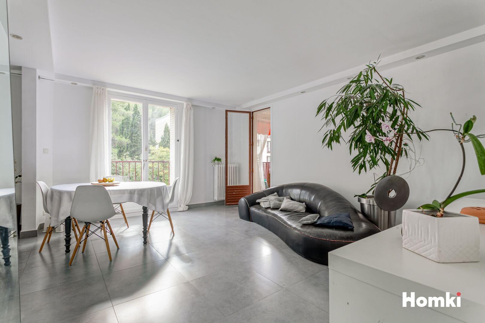 Homki - Vente Appartement  de 75.0 m² à Marseille 13008
