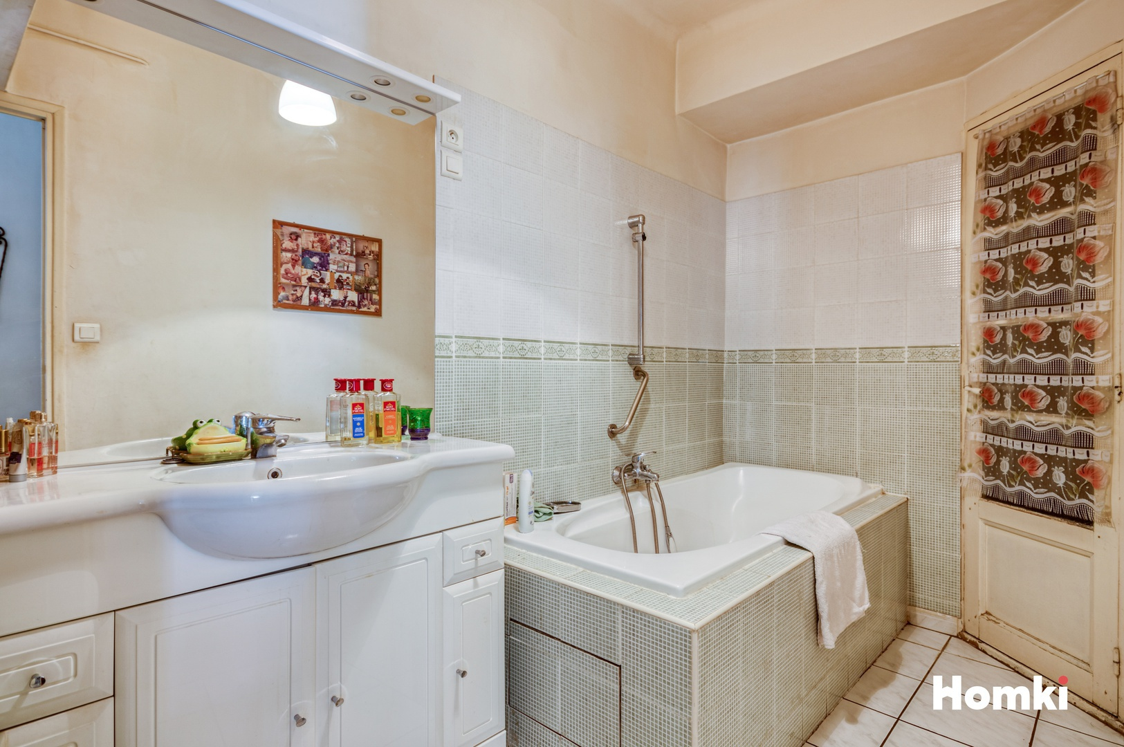 Homki - Vente Appartement  de 69.0 m² à Marseille 13005