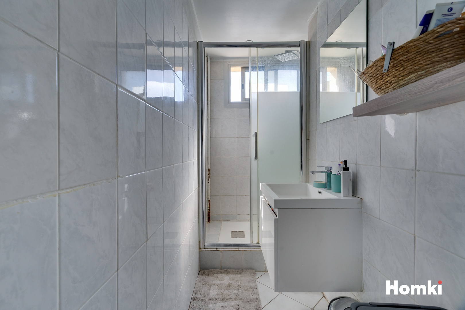 Homki - Vente Appartement  de 61.0 m² à Marseille 13011