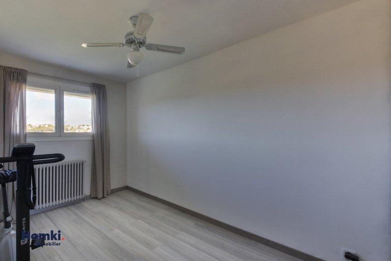 Homki - Vente appartement  de 72.0 m² à les pennes mirabeau 13170