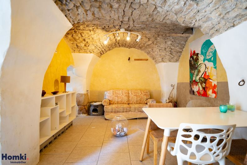 Homki - Vente maison/villa  de 222.0 m² à PEYPIN D AIGUES 84240